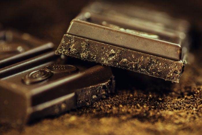 Why dark chocolate is good for weight loss?