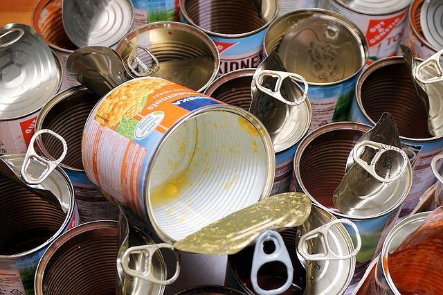 cans-1078628_640