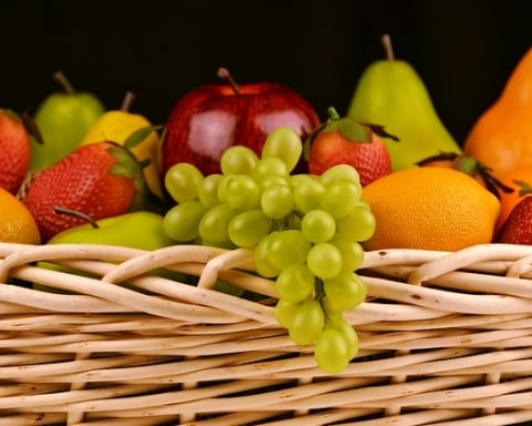 fruit-basket-1114060_640