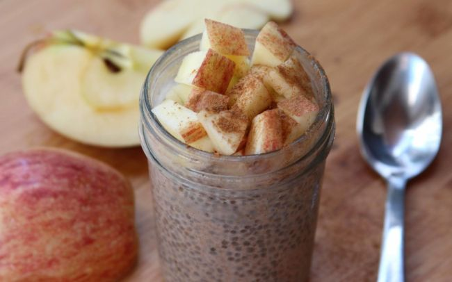 Spiced-Apple-Chia-Pudding